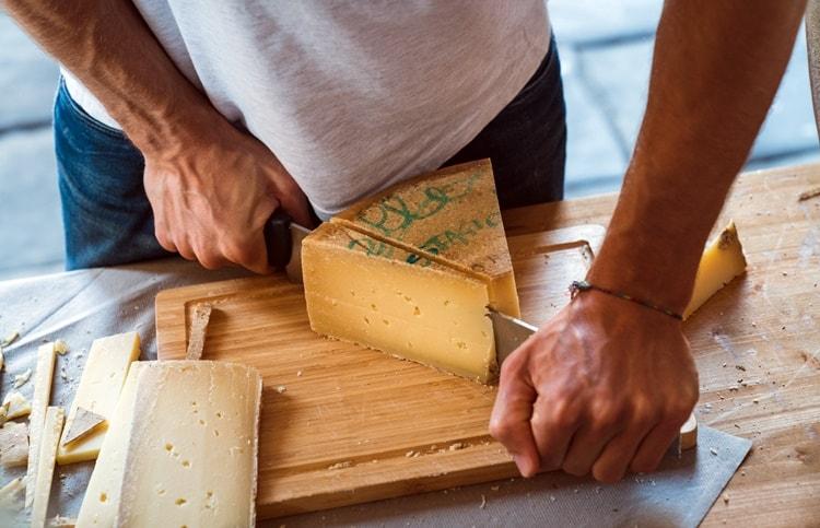 Forme Bergamo capitale europea dei formaggi