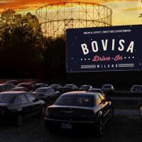 Bovisa Drive-In, il cinema all'aperto di Milano ispirato alle atmosfere americane anni'50