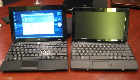Left: HP Mini 5101 / Right: HP Mini 1101