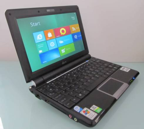 Asus Eee PC 1000H with Windows 8