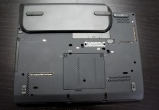 Lenovo ThinkPad X230T bottom