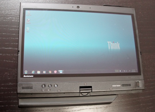 Lenovo ThinkPad X230T in tablet mode