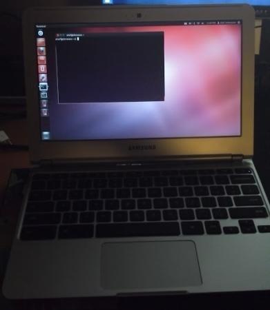 Samsung Chromebook running Ubuntu Linux