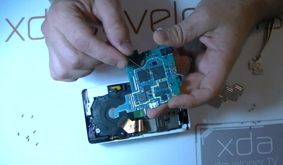 Samsung Galaxy Camera dissected
