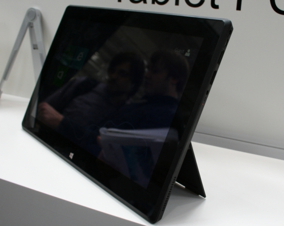HKC Surface tablet clone