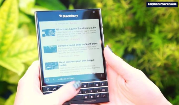 blackberry passport_02