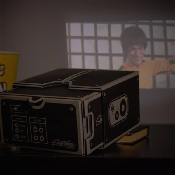 Smartphone Projector 2