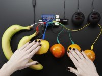 The future has arrived: you can finally play a banana piano