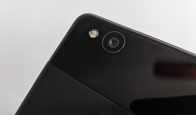 Android P will restrict camera, mic usage by background apps
