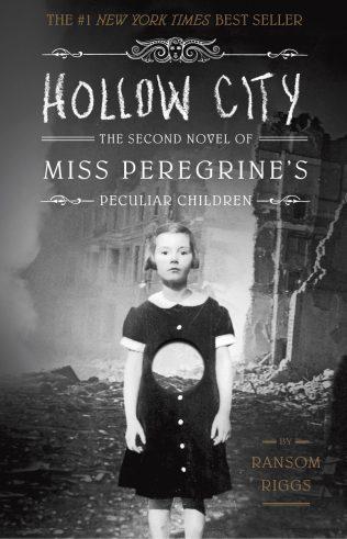 La série de romans Miss Peregrine's Peculiar Children par Ransom Riggs : lecture d'Halloween pour ceux qui n'aiment pas avoir peur