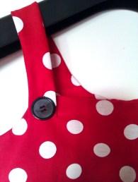 robe-détail-bouton