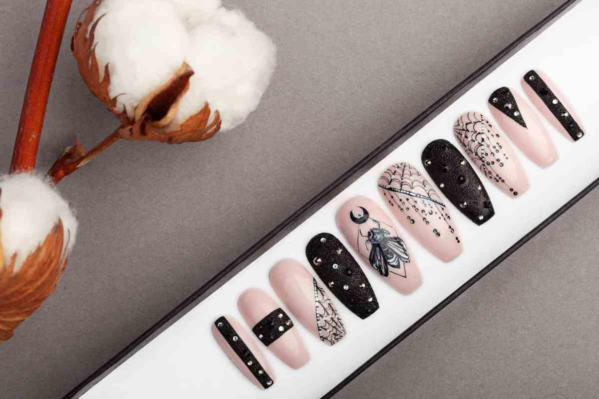 BarFly Press on Nails with Swarovski Crystals | Gothic nails | Hand painted Nail Art | Fake Nails | False Nails | Rock Nails