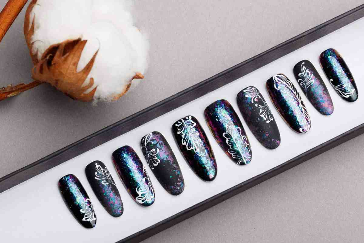 Black Press on Nails with Holo Space Dust | White tracery | Handpainted Nail Art | Fake Nails | False Nails