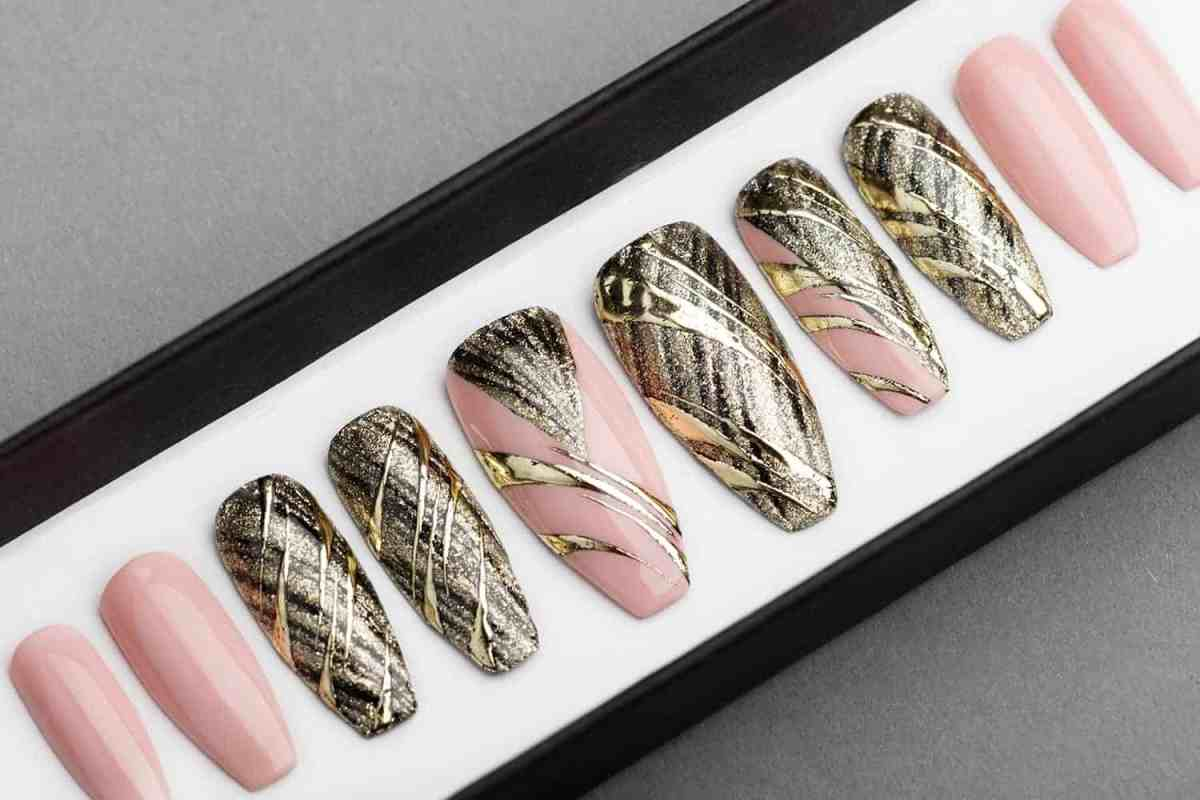 Gold and Nude Abstraction Press on Nails | Hand painted Nail Art | Fake Nails | False Nails | Glue On Nails | Tracery Nails | Acrylic Nails