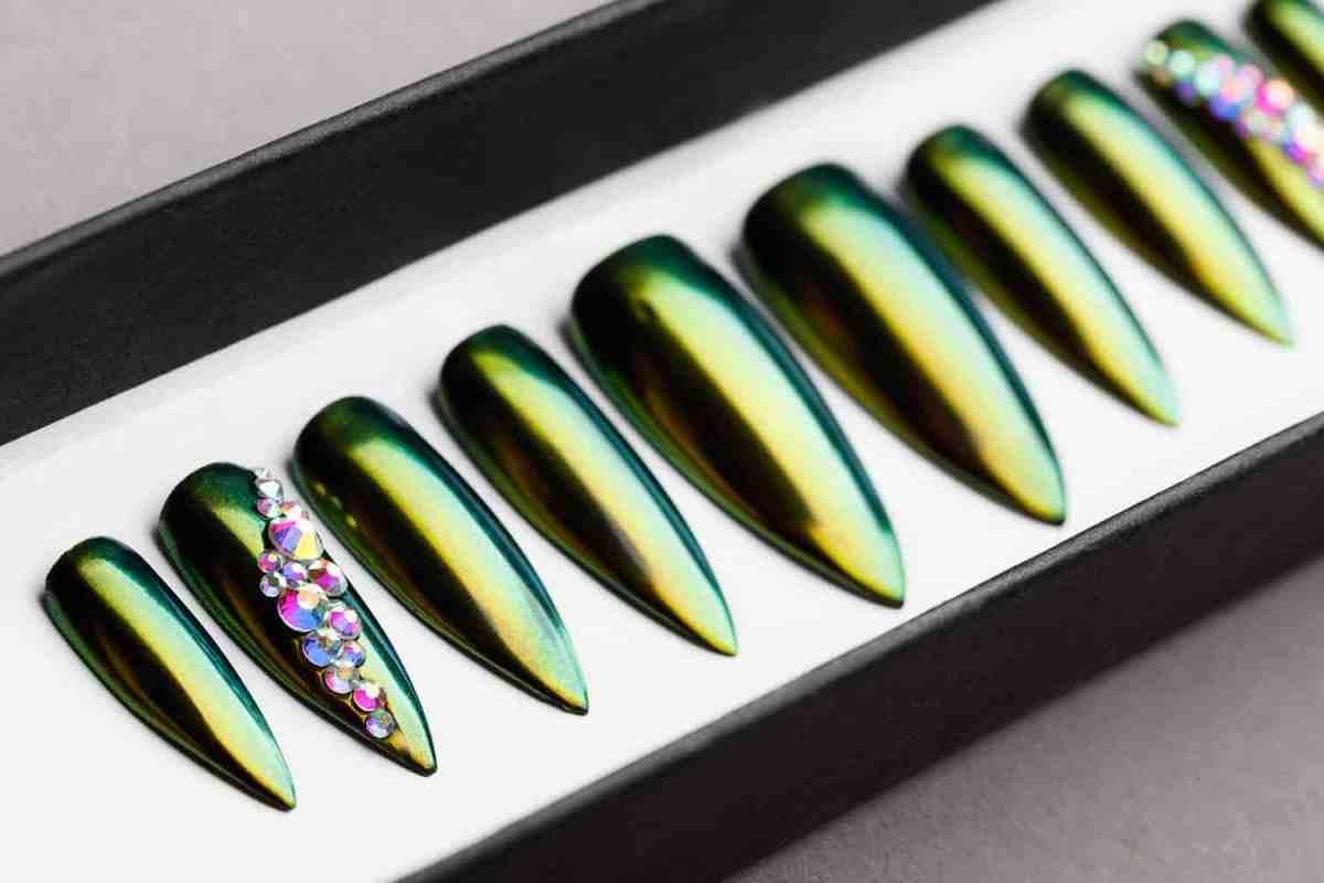 Green and Golden Mirror Press on Nails   Nude Nails   Handpainted Nail Art   Fake Nails   False Nails   Unicorn Nails   Chrome nails