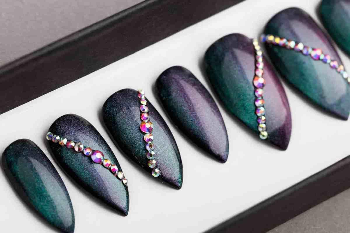 Green / Blue Chameleon Press on Nails | Fake Nails | False Nails | Abstract Nail Art | Bling Nails