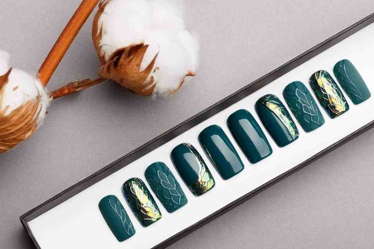 Jade Green Press on Nails with 3D texture | Shattered Glass | Handpainted Nail Art | Fake Nails | False Nails