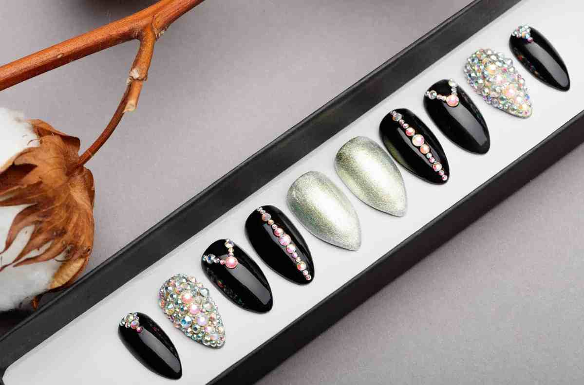 Princess Press on Nails with Swarovski Crystals | White Gold | Hand painted Nail Art | Fake Nails | False Nails
