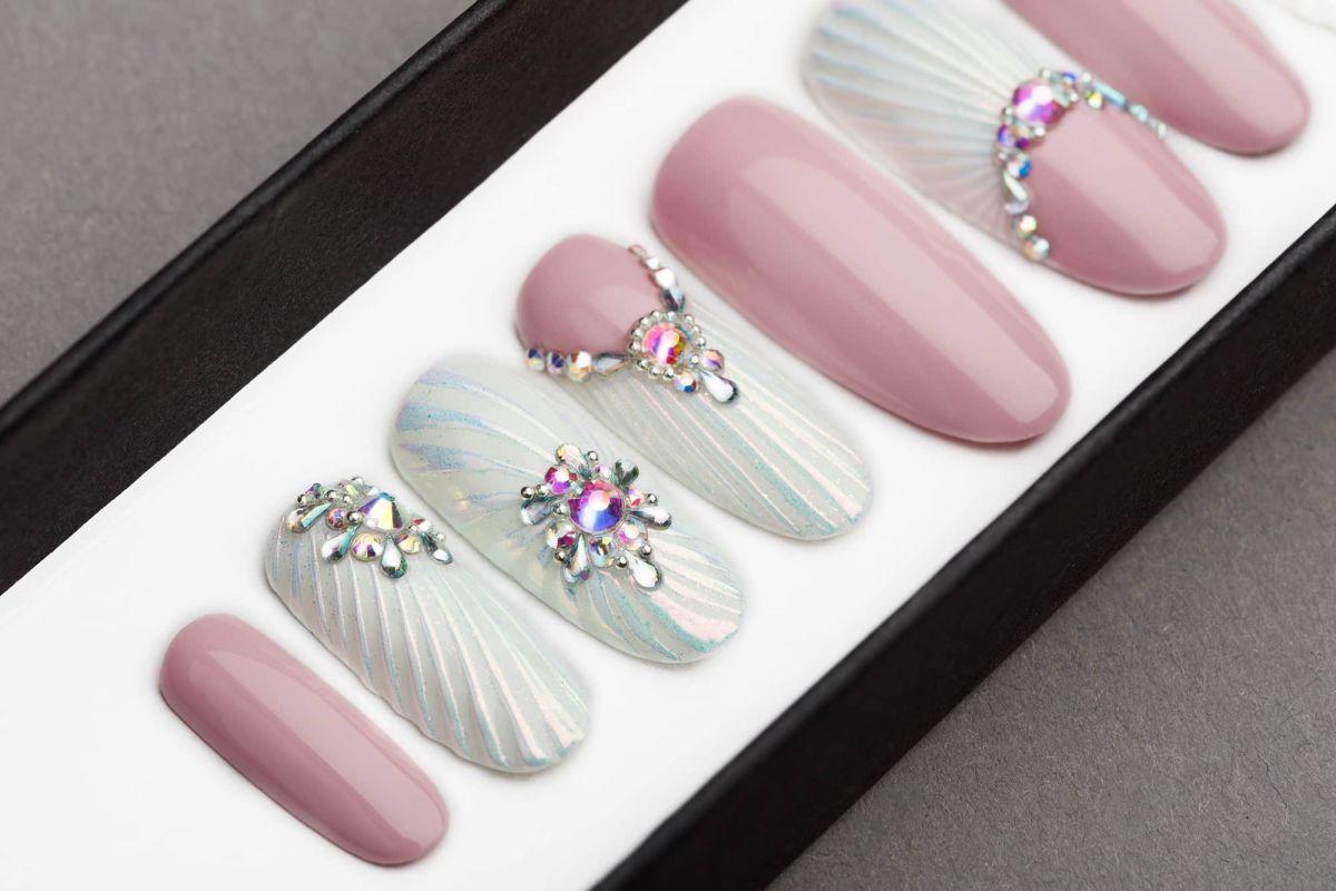Snow Pearl Press on Nails with Swarovski Crystals | Wedding nails | Hand painted Nail Art | Fake Nails | False Nails |
