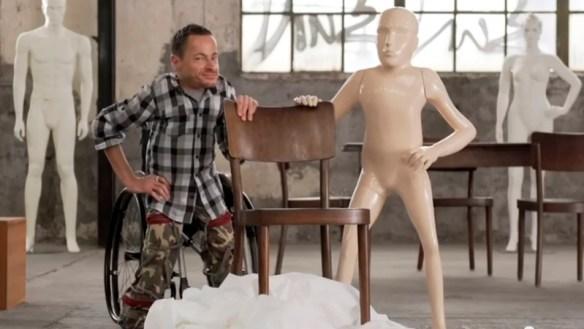 disabled mannequin
