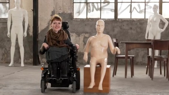 disabled mannequin3