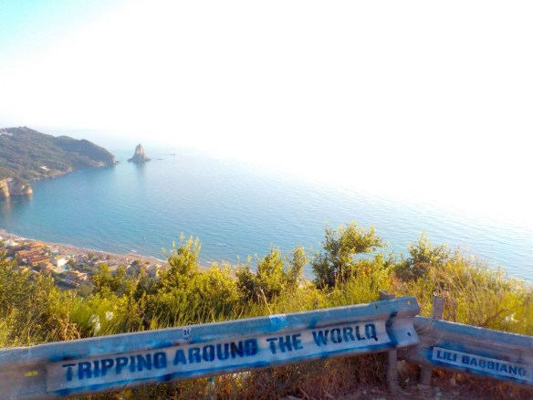 tripping-around-the-world-lili-gabbiano