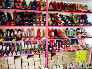 Liliw Tsinelas Store