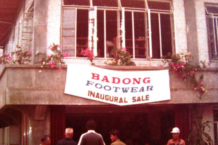 Badong Footwear