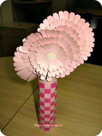 Как сделать цветок из бумаги своими руками