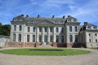 Chateau de Barly cour honneur