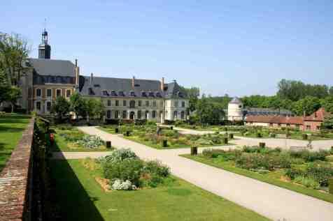 Abbaye de Valloires - roseraie