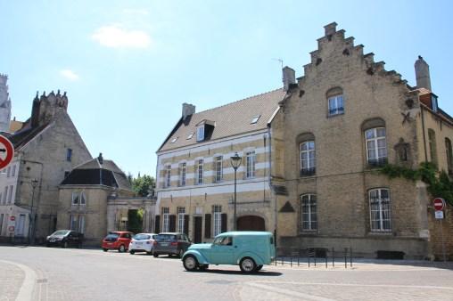 Saint-Omer - vieille voiture