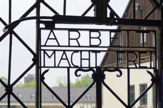 【達豪集中營】慕尼黑出發交通、解說導覽,永遠無法抹去的歷史傷痕。