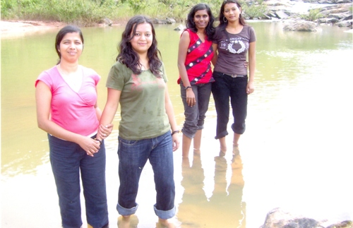 Lillian-Jasmine-Prathipa- Nazneen (left to right)