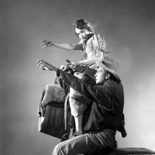 Lillian Gish and Lars Hanson rehearsing desert riding scenes - The Wind