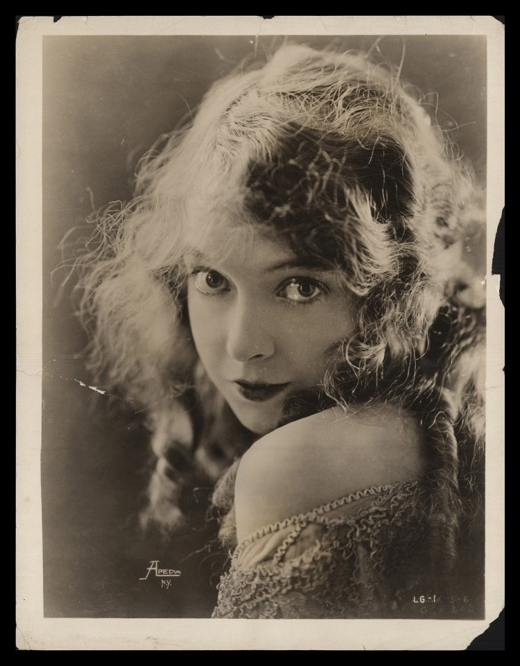 Lillian Gish APEDA New York Photography cca 1921