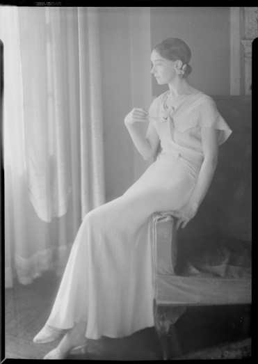 Nell Dorr (1893-1988); [Lillian Gish seated on arm of chair]; nitrate negative; Amon Carter Museum of American Art; Fort Worth TX; P1990.47.3531