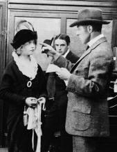 DW Griffith directing Lillian Gish - background Robert Harron