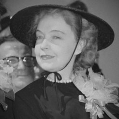 Lillian Gish - Major Weirich Irene Beamer Massillon Museum photo