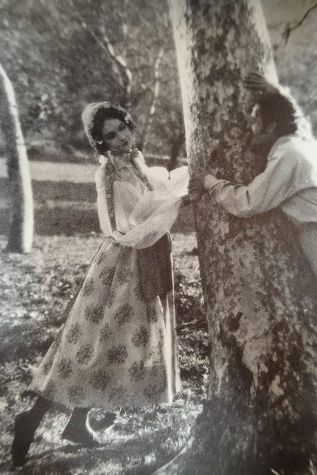 John Gilbert and Lillian Gish (La Boheme)5