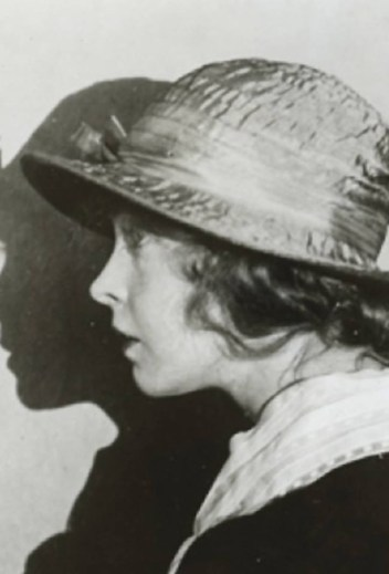 Lillian Gish (film director) 3 - Remodeling Her Husband