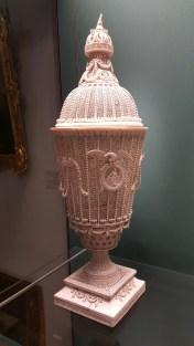 象牙雕刻花瓶