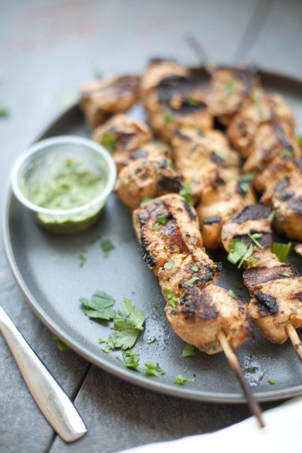 Moroccan Chicken Skewers #macrofriendly #healthy #light #grill #kebab www.lillieeatsandtells.com