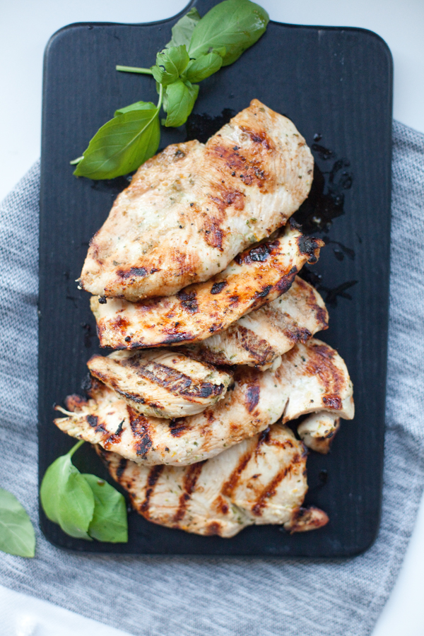grilled chicken, high in protein and a dinner that will fill you up! www.lillieeatsandtells.com