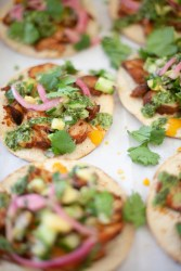 Try these macro-friendly tostadas with pineapple salsa and chimichurri sauce. www.lillieeatsandtells.com