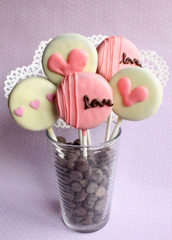 Valentines Oreo Pops