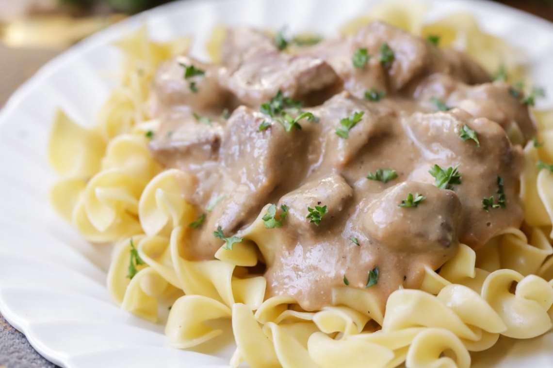 Easy Beef Stroganoff Recipe | Lil' Luna