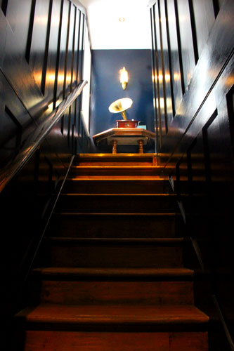 Stairs-to-the-nightingale-room