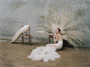 jennifer-lawrence-by-tim-walker-for-w-october-L-U2pqNn