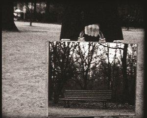 the-mirror-suitcase-man3